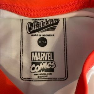 Old Navy Swim - Old Navy Marvel collectabilitees rash guard, 4t